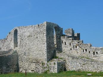 Zřícenina kamenné pevnosti v Beratu