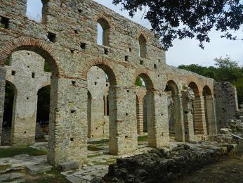 S výstavbou baziliky začali již Římané
