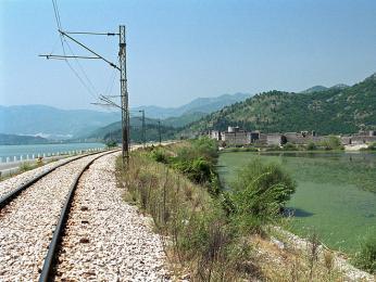 Vlakem se z Podgorici dostanete až na černohorské pobřeží