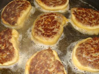 Fleischschnacka se smaží na másle