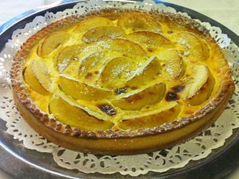 Tradiční alsaský koláč skrývá čerstvé sezónní ovoce