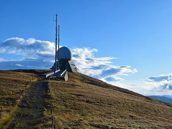 Nejvyšší vrchol Grand Ballon smeteorologickou stanicí