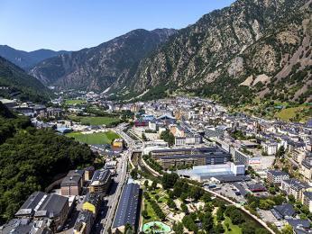 Pohled na město Andorra