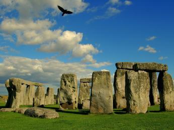 Proslulý megalitický kruh Stonehenge