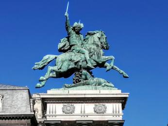 Jezdecká socha galského náčelníka Vercingetorixe vClermont-Ferrand