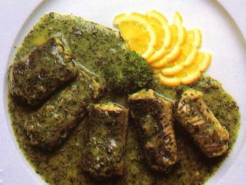 Anguilles au vert - úhoř připravený na másle sbylinkovou omáčkou