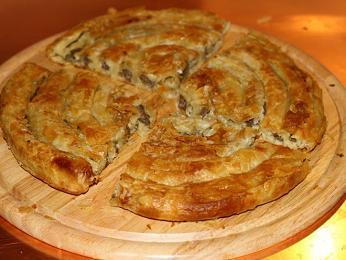Burek – pečivo ztenkého filo těsta