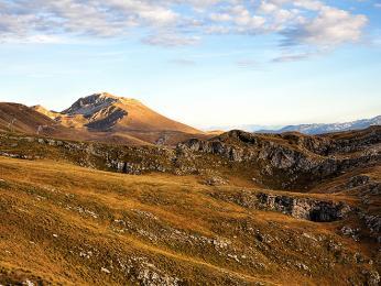 Planiny voblasti pohoří Lebršnik