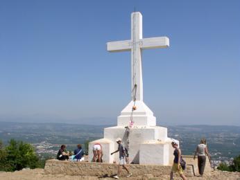 Poutní kopec Križevac nad Međugorje