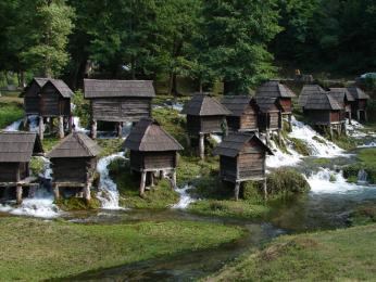 Staré vodní mlýnky u Plivských jezer