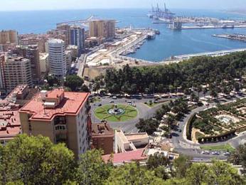 Pohled na přístav v Málaze