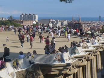 Park Gúell - Gaudího vlnitá lavička