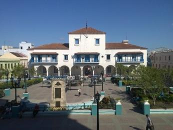Centrální náměstí vdruhém největším městě ostrova - Santiagu deCuba