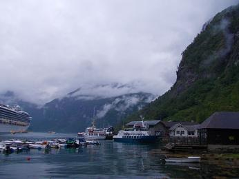 Fjord Geiranger a stejnojmenný přístav