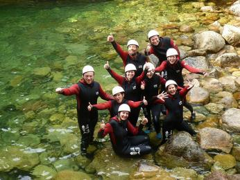 Skupinovka po adrenalinovém canyoningu