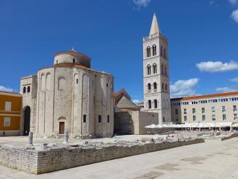 Centrum Zadaru se pyšní byzantským chrámem sv.Donátaz9.století