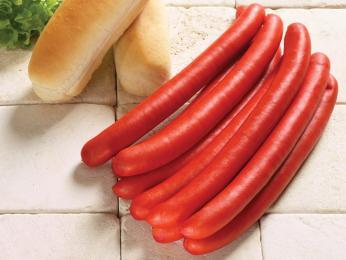 Vepřová klobása pølse je typická svou červenou barvou