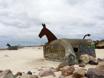 Umělecky dotvořené vojenské bunkry uměsta Blåvand