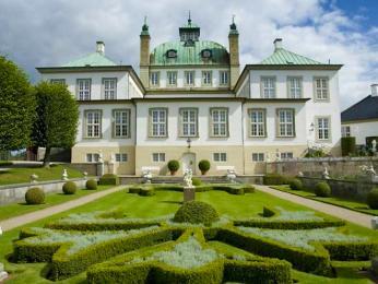 Letní rezidence dánské královské rodiny ve Fredensborgu