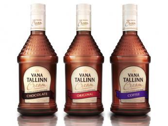 Sladký, na rumu založený, likér Vana Tallinn vyrábějící se ve vícero příchutích