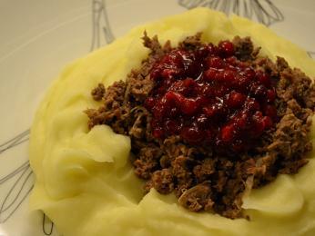 Poronkäristys - laponský pokrmy ze sobího masa