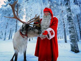 Finským dětem naděluje dárky Joulupukki