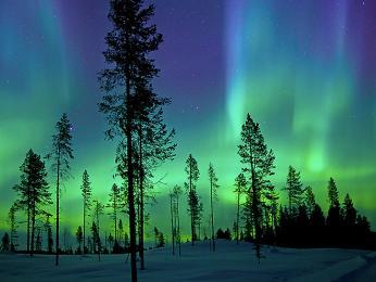 Polární záře hýří všemi barvami