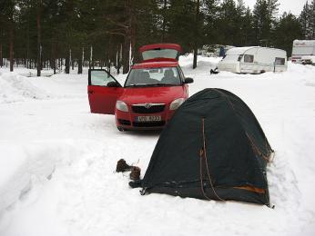 Skempováním ve volné přírodě ani na parkovišti nejsou ve Finsku problémy