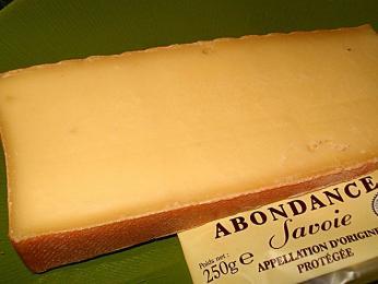 Abondance - polotvrdý aromatický sýr zHorního Savojska