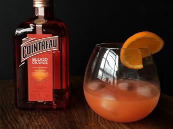 Pomerančový likér Cointreau
