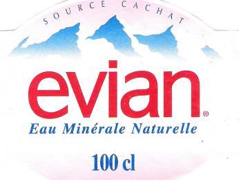 Minerální voda Evian je ve Francii proslulá