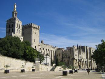 Papežský palác v Avignonu, hlavním městě departmentu Vaucluse