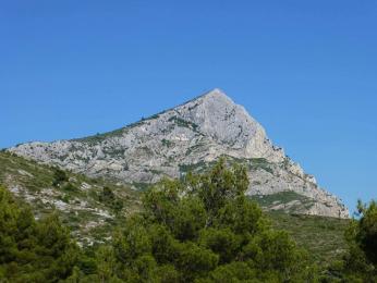 Hora Montagne Sainte Victoire