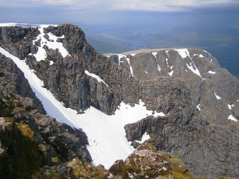 Vrchol nejvyšší hory Ben Nevis