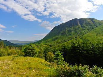 Zelené vrcholky Skotské Vysočiny