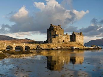 Skotsko je plné tajemných hradů