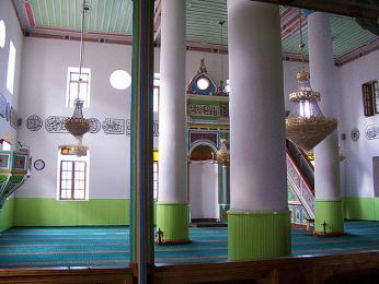 Tato mešita je jedinou zbývající mešitou ve městě