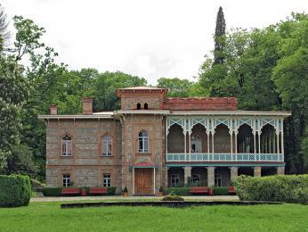 Šlechtický zámek Cinandali sdlouhodobou tradicí výroby vína
