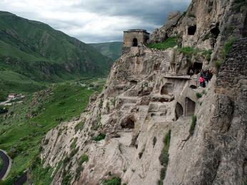 Region Samcche Džavacheti ukrývá skalní komplex Vardzii