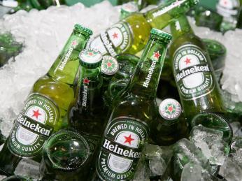 Nejznámějším pivem vNizozemsku amožná ina světě je Heineken