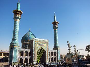 Mešita Imamzadeh Saleh na náměstí Tajrish vseverní části Teheránu