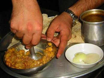 Abgušt - pokrm zdušeného masa, zeleniny a luštěnin