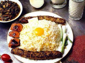 Chello kabab - jehněčí maso srýží