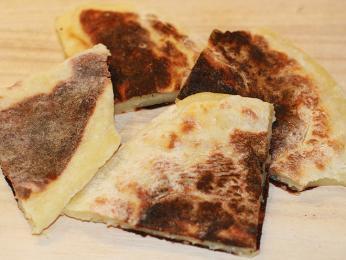 Potato bread - tenký bramborový chléb