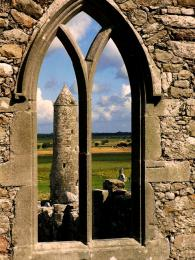 Okno v klášteře Clonmacnoise