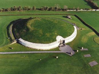 Megalitická hrobka Newgrange
