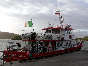 Trajekt na ostrov Inishbofin na západním pobřeží Irska