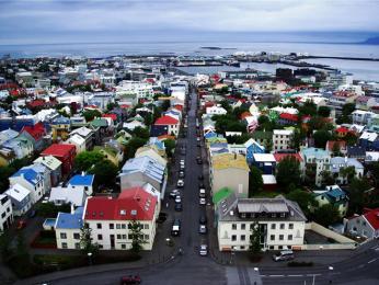 Barevné střechy Reykjavíku