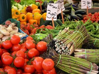 Zeleninový trh vBenátkách