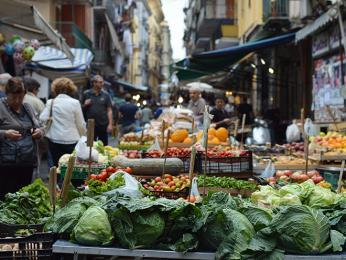 Navštivte italské trhy sčerstvou zeleninou a ovocem